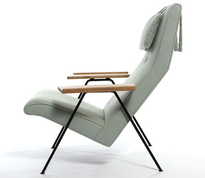 robin day s reclining chair twentytwentyone sleek design. Black Bedroom Furniture Sets. Home Design Ideas
