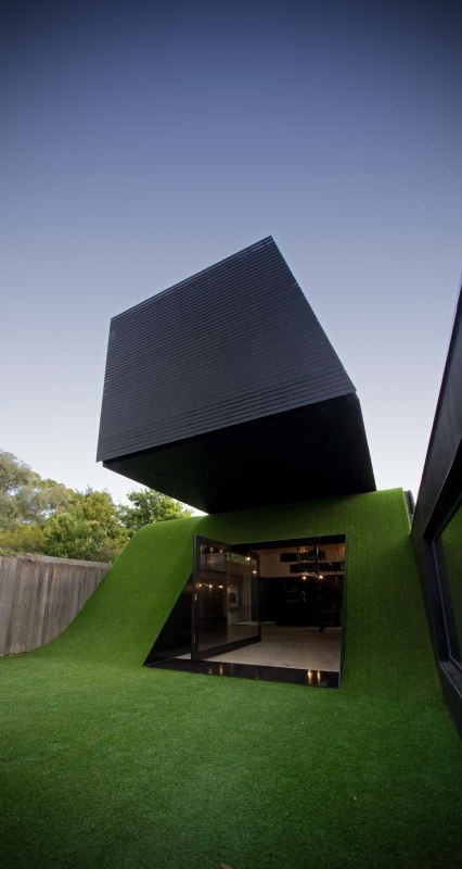 Hill house and it s not mackintosh s sleek design - House on the hill 2012 ...