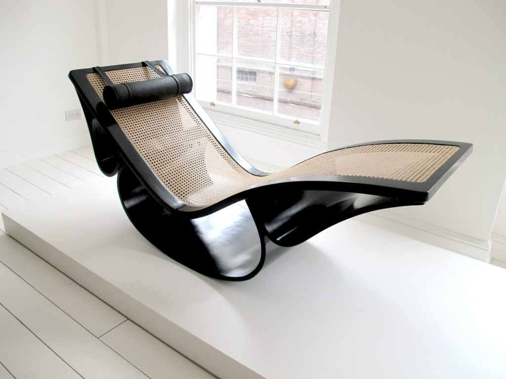 Oscar niemeyer 1907 2012 architecte designer sleek for Chaise longue designer