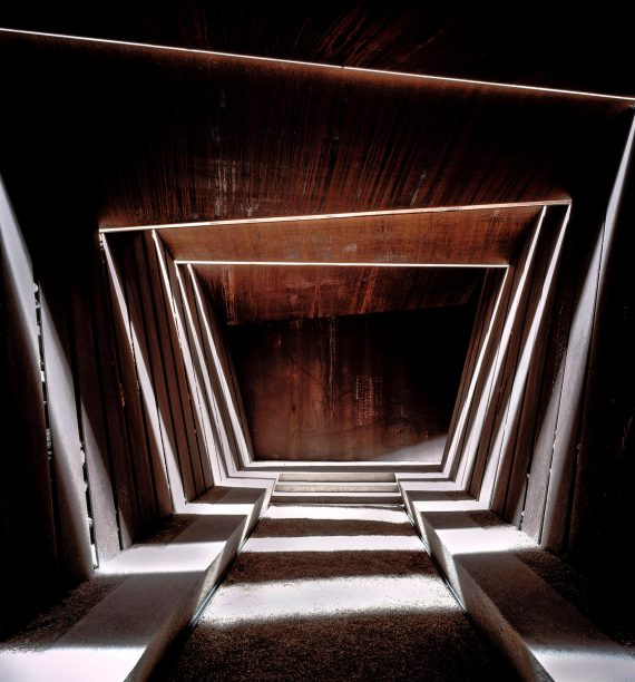 bell–lloc-winery-palamos-girona-spain-rcr-arquitectes-architecture-sleek-design