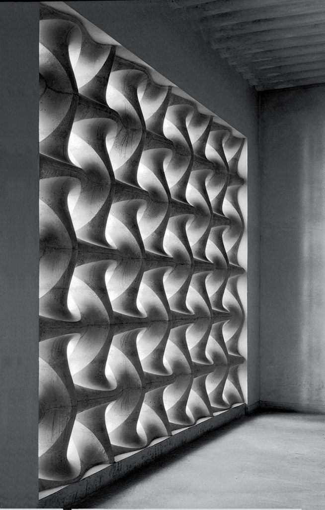 erwin-hauer-vienna-church-1954-sleekdesign